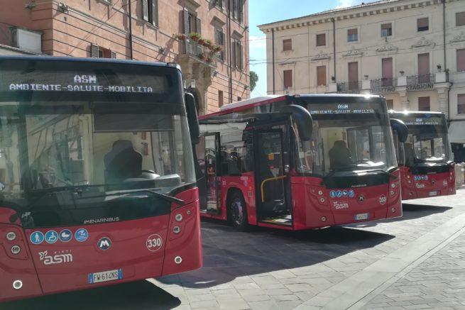 Rieti: Presentati 4 nuovi bus per il trasporto pubblico: Tecnologici e a bassissimo impatto ambientale