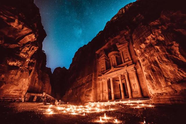 A antiga cidade de Petra, na Jordânia