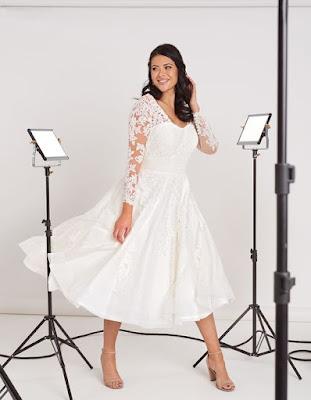 Maria- avromantic short ivory color wedding dress
