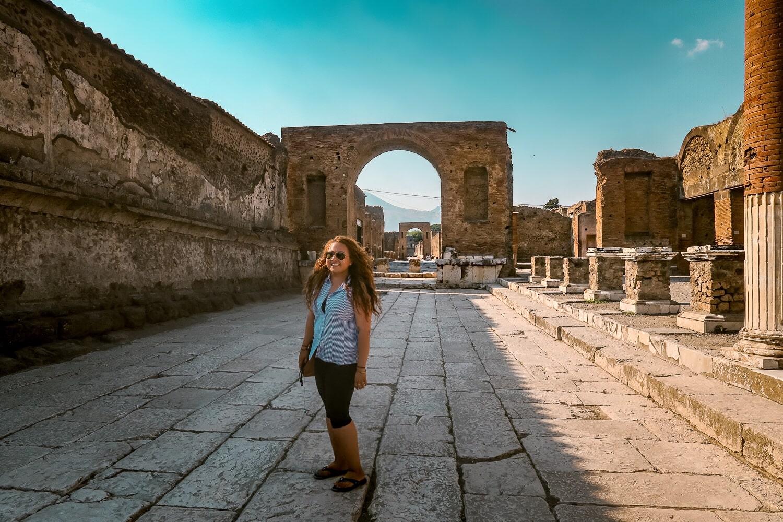 Pompeii Italy Tour, Contiki Europe, Latina travel Blogger, WanderlustBeautydreams
