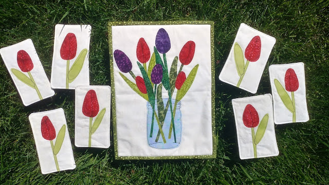 May Day tulip mini quilts with free motion applique