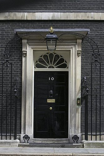 Number 10 Downing Street Front Door Painted In Dulux Black Gloss Over On Modern Country Style: How To Pick The Perfect Front Door Paint!