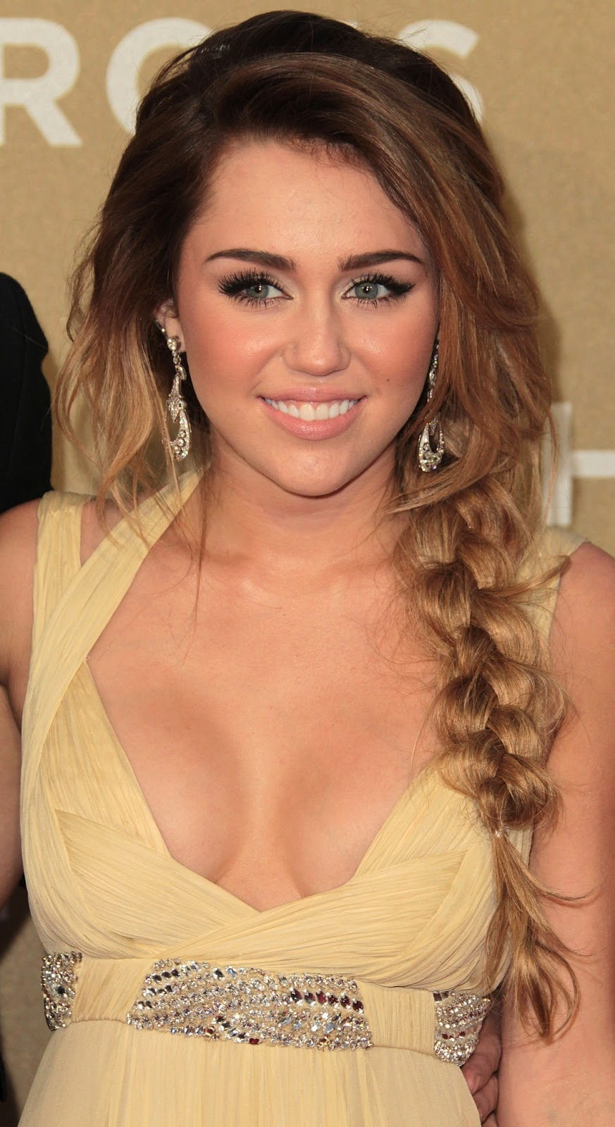 Tylerandkenzie: Miley Cyrus Hot