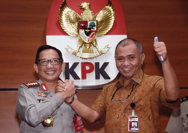 Serangan Balik Lewat SPDP Agus Rahardjo dan Saut Situmorang