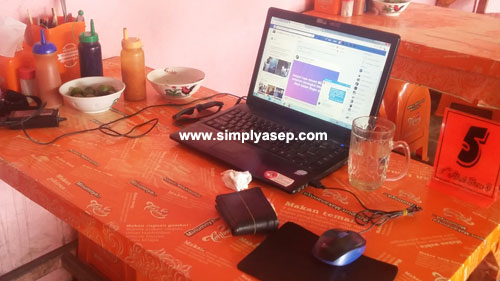 Image from Asep Haryono / www.simplyasep.com