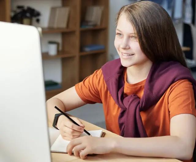 Tomando clases online