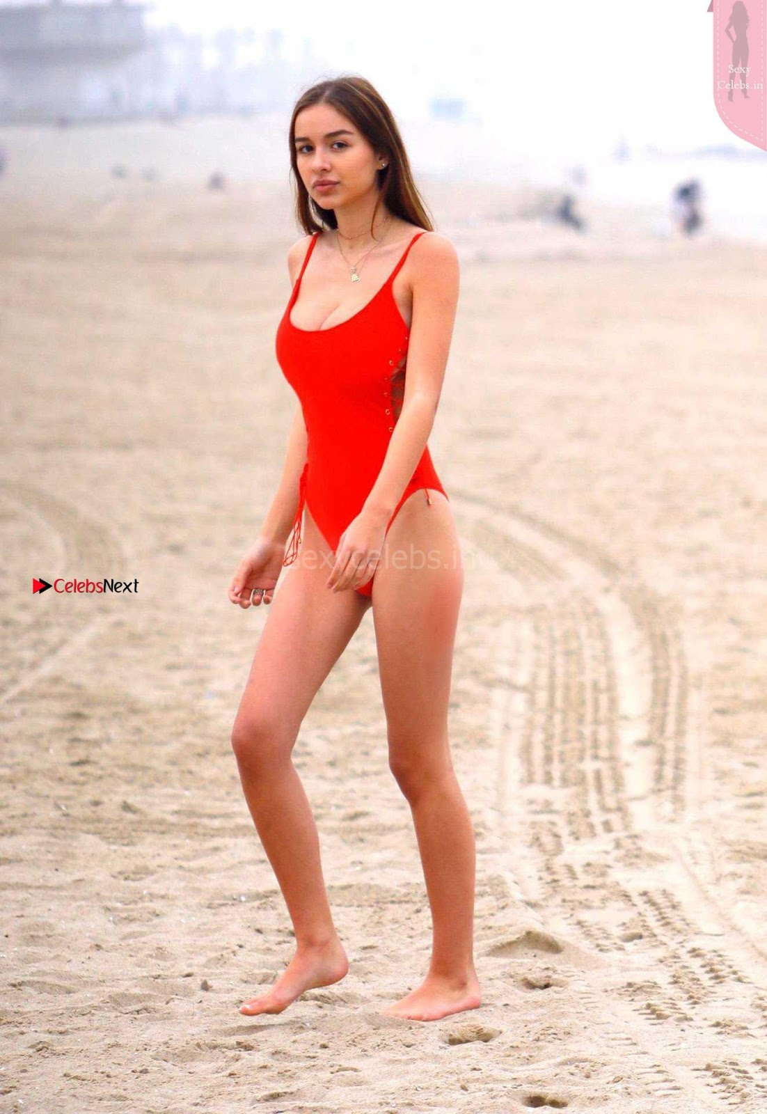 Beautiful Sexy Teenage Beauty Bikini Model Sophie Mudd  ~ SexyCelebs.in Exclusive
