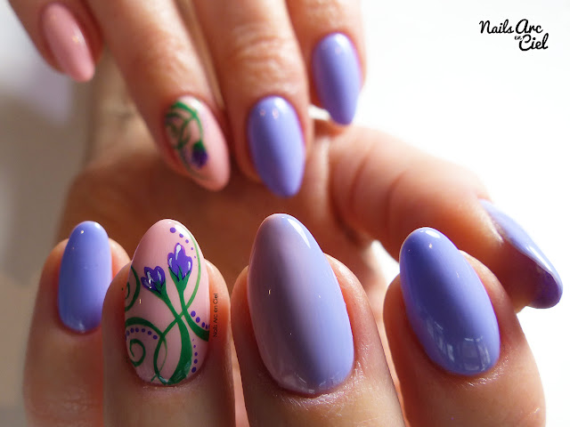 Nail Art - Petites fleurs de violettes printanières et dégradé en VSP par Nails Arc en Ciel