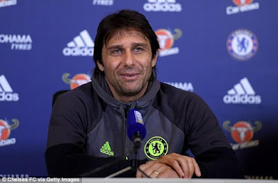 Chelsea Coach Antonio Conte wants his players to forget about Christmas parties and focus on the title