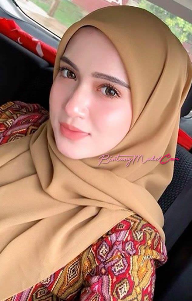 Model Rani Sinta Maharani di #Bekasi Jawa Barat