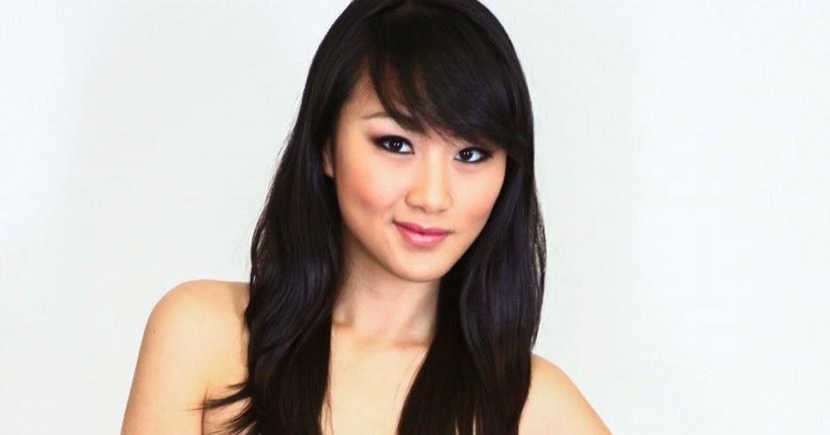 Evelyn Lin Nude 28