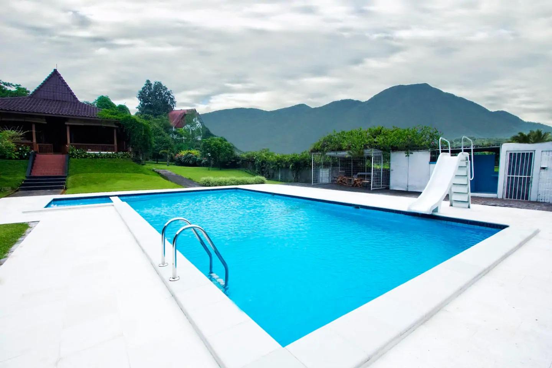 villa ada kolam renang untuk rombongan