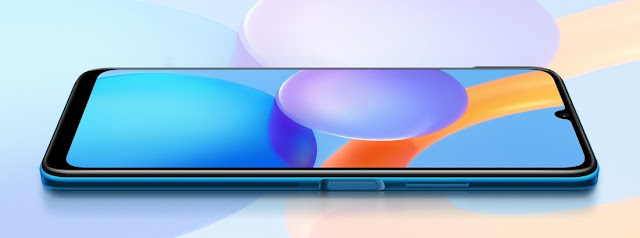 Honor-play-5T-life-size-display