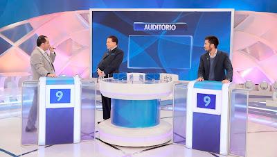 Jorge Kajuru, Silvio Santos e Kim Kataguiri (Crédito: Lourival Ribeiro/SBT)