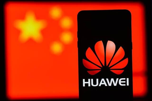 هواوي توقف إنتاجها للهواتف الذكية بسبب الحظر الأمريكي