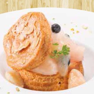 桃の シュークリーム