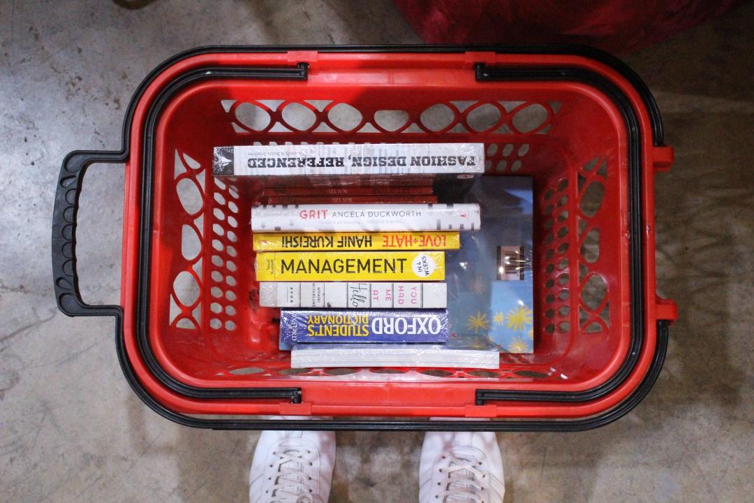 BLOGGER-CEBU-BIGBADWOLF-BOOKS-SALE-ALMOSTABLOGGER.jpg