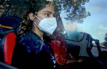 सुशांत सिंह राजपूत की मौत का मामला |  रिया चक्रवर्ती ब्युटुल्ला जेल में शिफ्ट हो गई