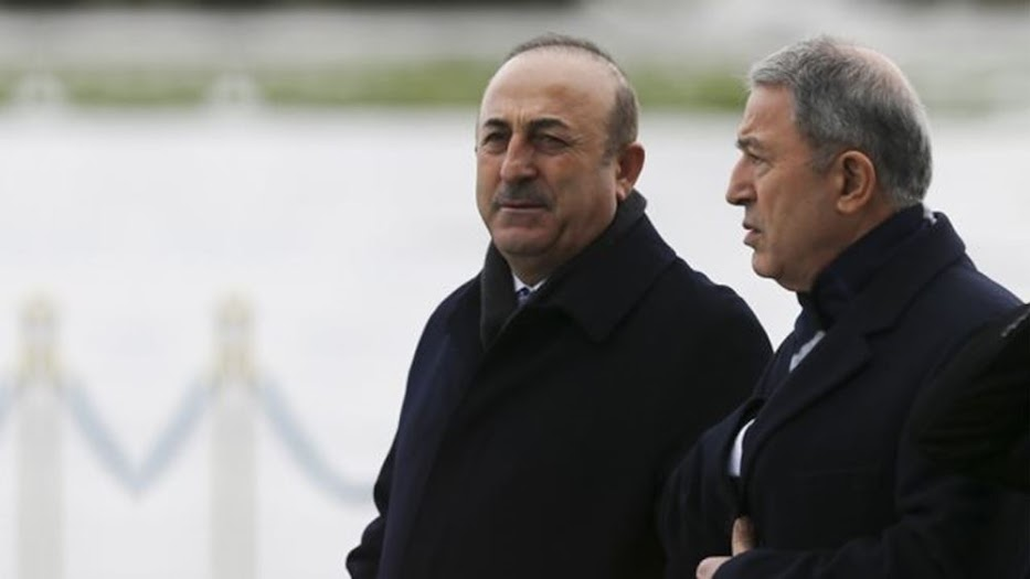 Τσαβούσογλου και Ακάρ μιλούν για τη Λιβύη σαν να είναι έδαφος της Τουρκίας