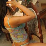 Andrea Rincon, Selena Spice Galeria 34 : Blue Jean Y Blusa Con Flores Foto 102