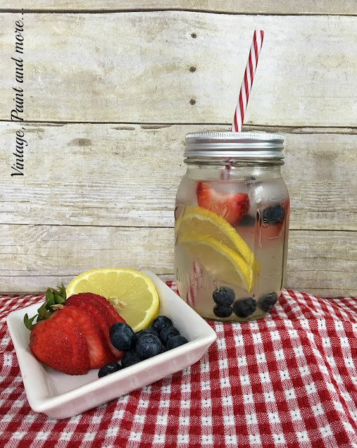 Vintage, Paint and more... water infused with strawberries, blueberries and lemons for a healthy summer drink