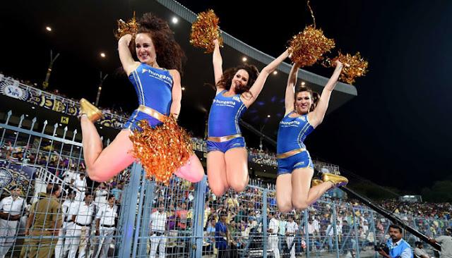 IPL का पहला मैच मुंबई के वानखेड़े स्टेडियम में शनिवार को ही होगा
