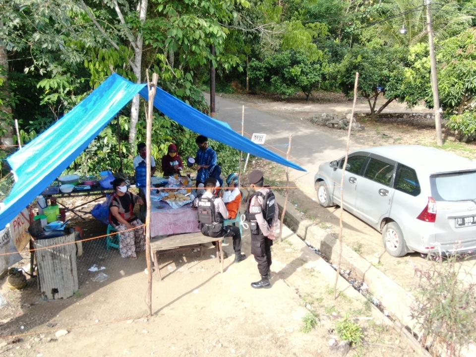 Menuju Kebiasaan Baru, Satsabhara Polres Bartim Patroli Warung Kopi