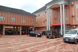 Hotel Geneza