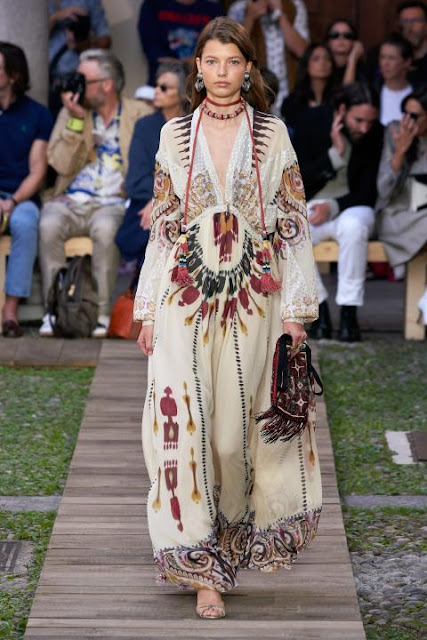 Модное платье весна-лето 2020 41