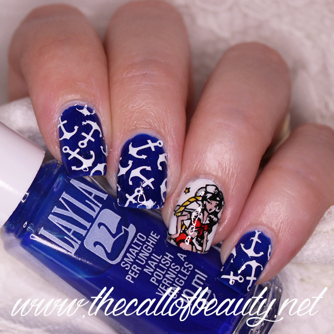 Sailor Pin Up Nails