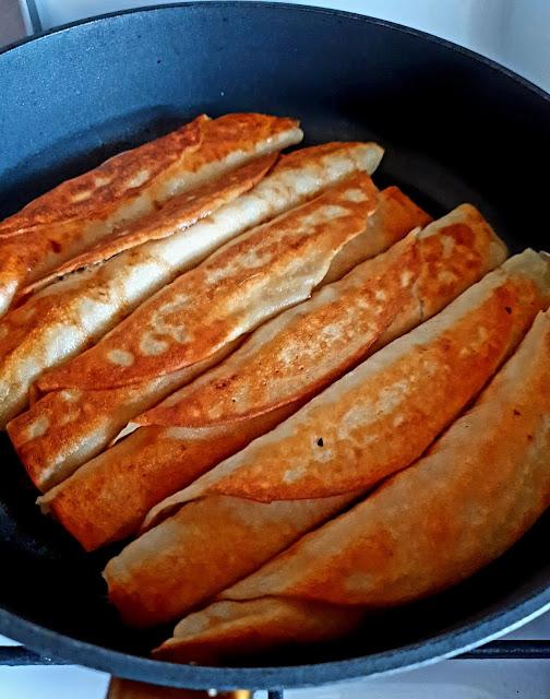 naleśniki,Kuiec,kasza gryczana,blog kulinarny,nleśniki z serem,kuchnia polska,szybki obiad,z kuchni do kuchni,foodporn,fotografia kulinarna,