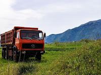 Tips Membeli Dump Truck Pilihan Terbaik untuk Bisnis Anda