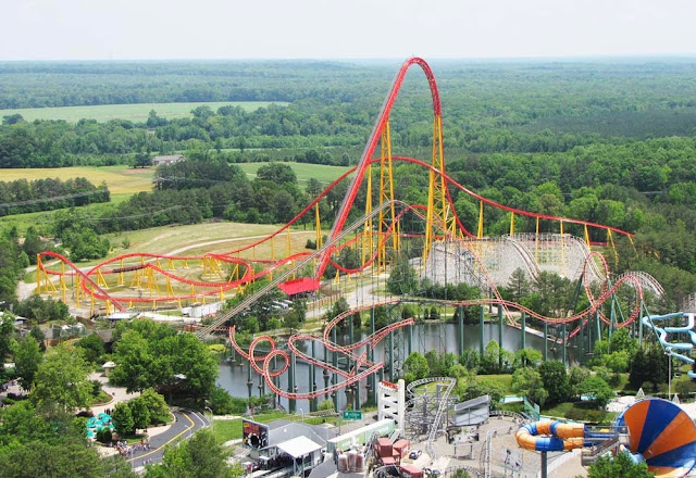 Montanha russa Intimidator 305 - Parque Intamin em Kings Dominion em Doswell - Virginia - Estados Unidos