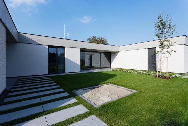 Casa moderna y privada dise o de casas home house design for Casa moderna 6 x 12