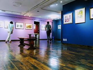 張さんの個展、ギャラリーの様子。