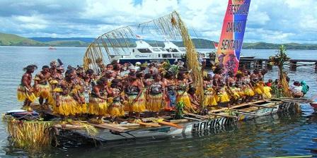 danau sentani terdapat di daerah danau sentani festival danau sentani indonesia danau sentani jayapura danau sentani kabupaten jayapura asal mula danau sentani jayapura
