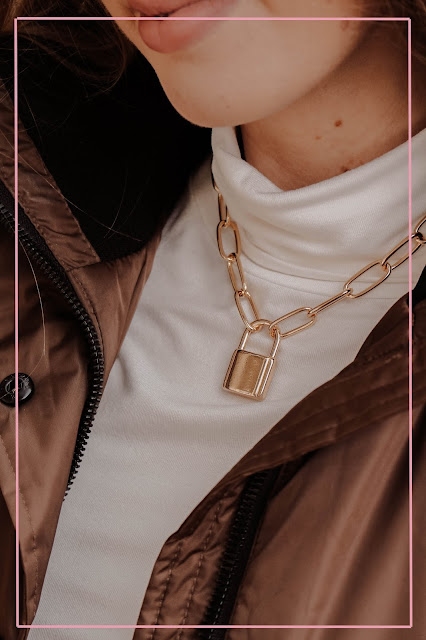 Missguided gold padlock chain necklace