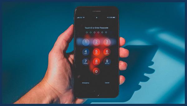 كيف يمكن تجاوز شاشة قفل هاتف Android مع ميزة مكالمة الطوارئ؟