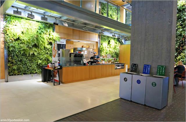 Una de las Cafeterías del Smith Campus Center