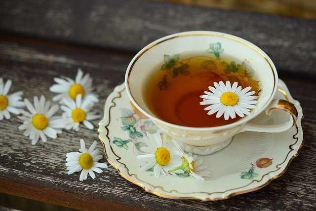شاي لعلاج مغص البطن للأطفال 