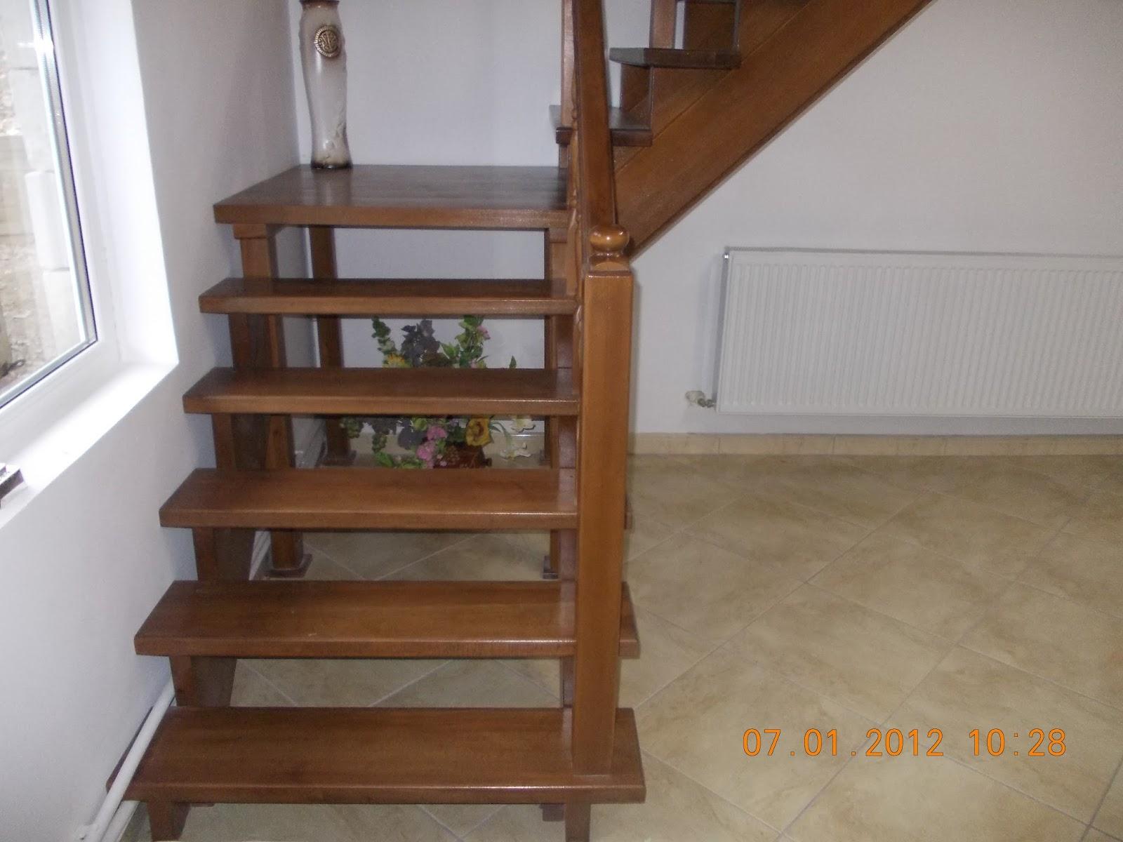 Tamplarie din lemn scari sau mobila modele de scari for Modele de balcon din lemn