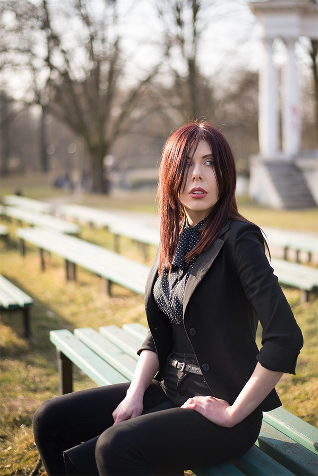 bluzka w kropki Mohito | elegancka bluzka w kropki | polka dots | blogerka łódzka | blog modowy | blog szafiarski | blog o modzie | Park Julianowski