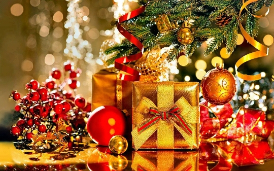 Christmas Shayari, Christmas quotes with images, Hindi & English