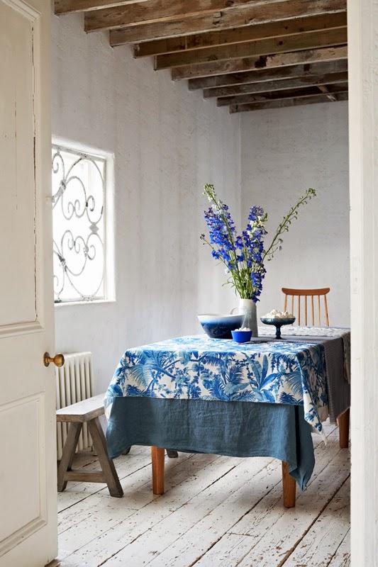 Comedor casa azul