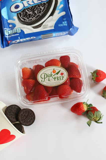 A Valentine's Day Treat with Fresh Fruit and OREO Cookies