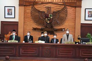 DPRD Setujui 2 Raperda, Wagub Berharap Berikan Manfaat Untuk Kehidupan Masyarakat NTB