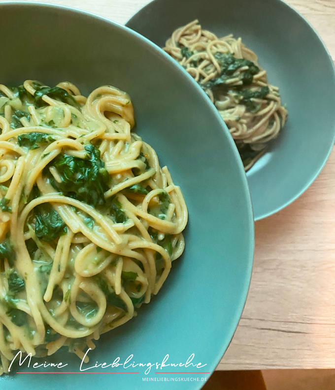 One Pot Pasta mit Spinat - veganisiert