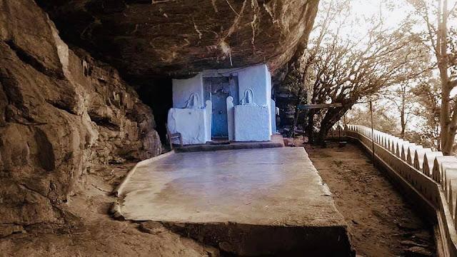 සිත් සුවපත් වන - ලිහිණියාගල ලෙන් විහාරය ☸️🙏🎋🌱 ( Lihiniyagala Rock Temple ) - Your Choice Way