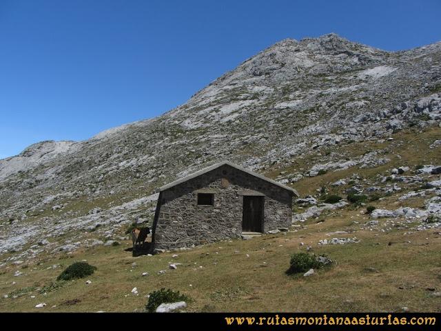 Mirador de Ordiales y Cotalba: Refugio próximo al Mirador de Ordiales