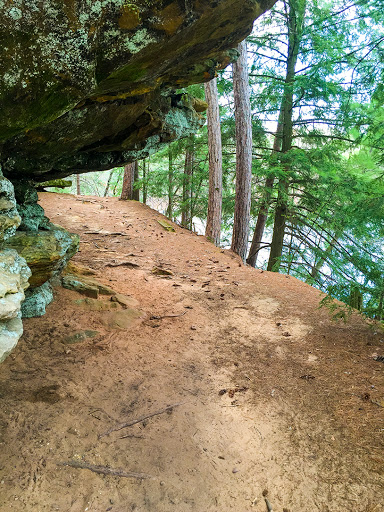 Echo Rock Trail at Mirror Lake State Park - Wisconsin Dells